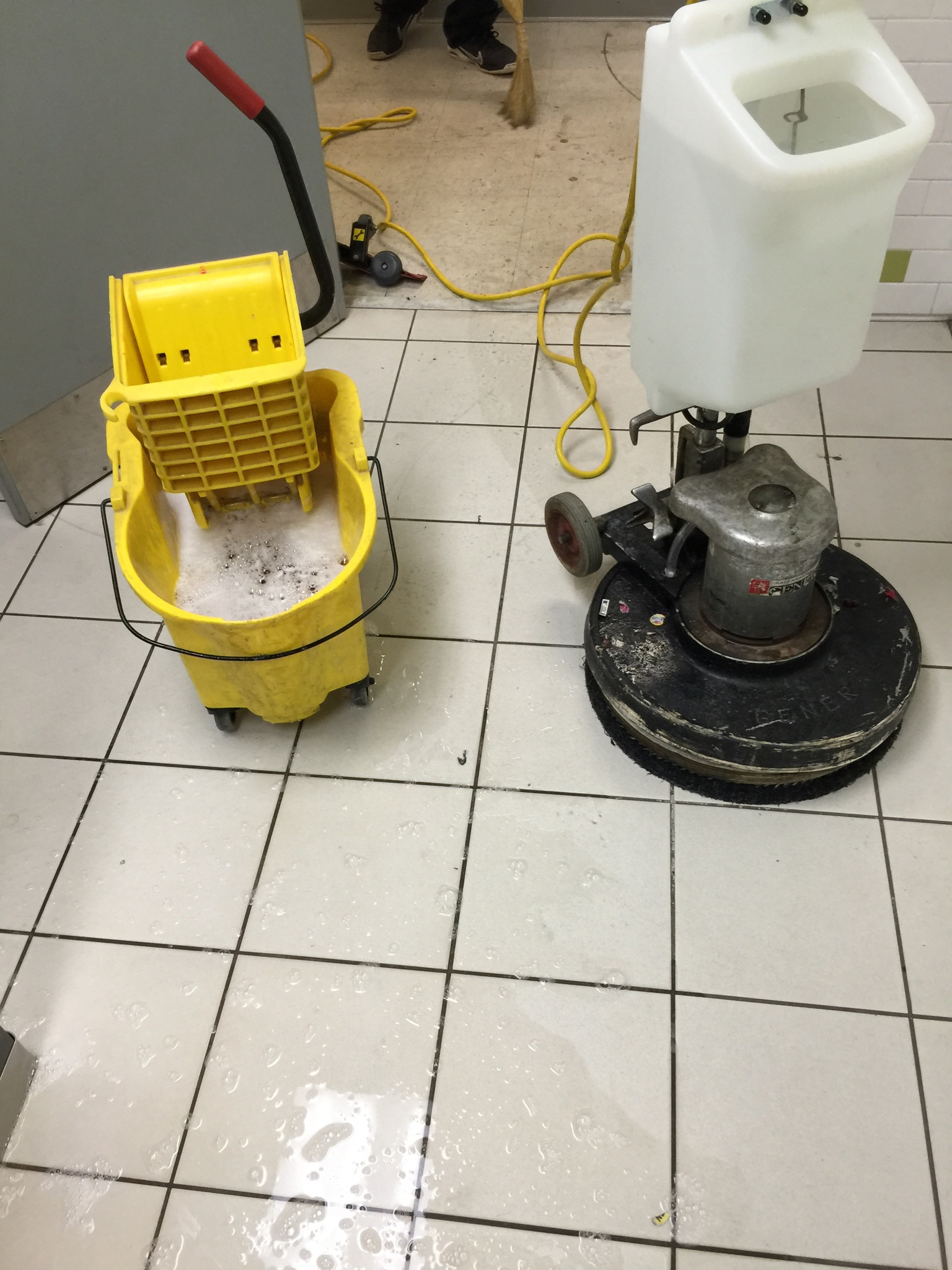 5-d-m-carpet-hard-floor-cleaning